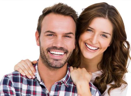 Você sabe como é feito o Clareamento Dentário?