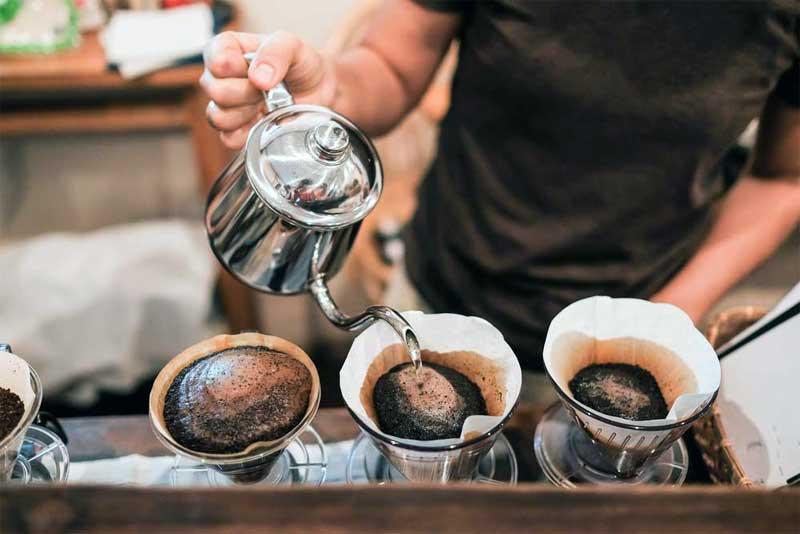 Kiat Sukses Membuka Bisnis Kedai Kopi Modern Paling Hits Saat Ini