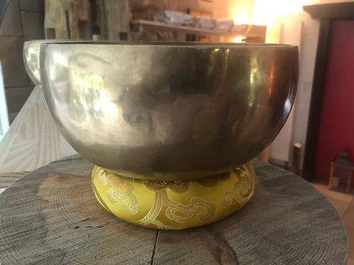 Bol tibétain 7 métaux de 15 cm de diamètre. Note RE