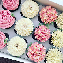 Flower piped cupcakes