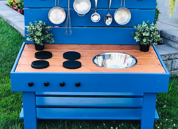 Outdoor Painted Kitchen with Single Bowl