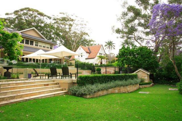 AILDM 214 - Killara View from lower lawn