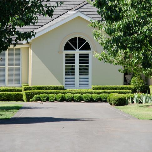 Ellis Lane Residence