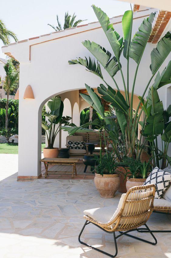 distinctive-garden-styling