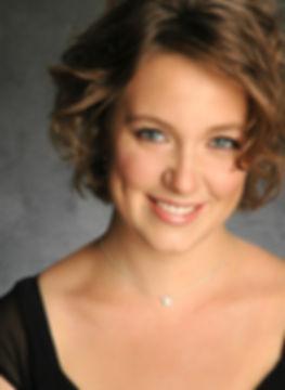Jazimina MacNeil, opera singer