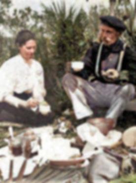 picnic at Osprey Guptill family Lizzie a