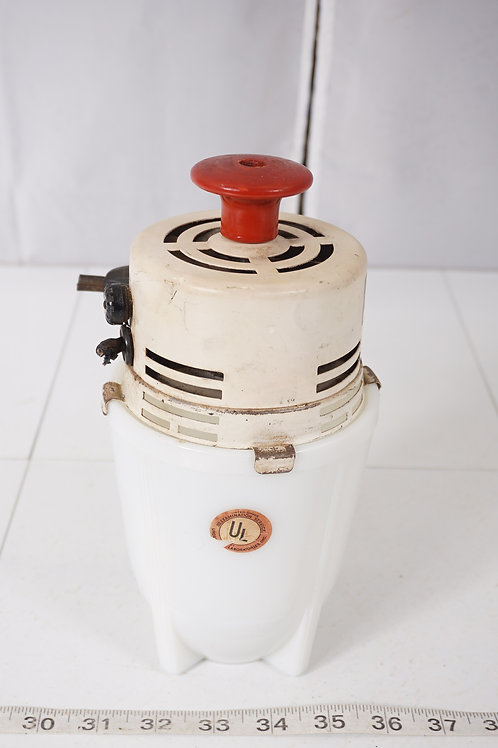 Challenge Electric Mixer With Milk Glass Beater Jar