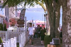 Port Gamble walk_pink