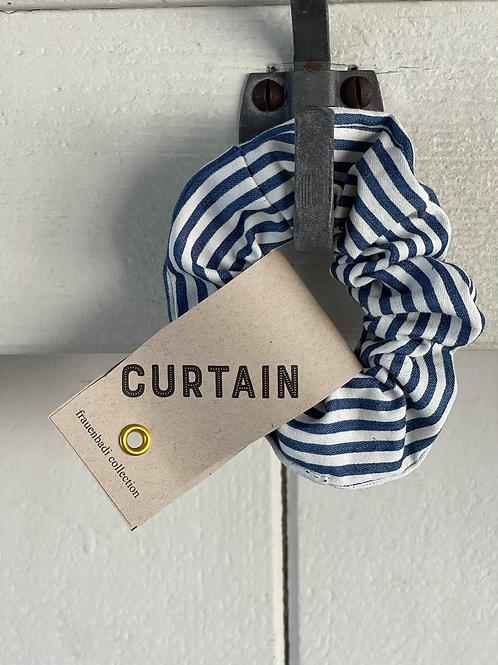 "Scrunchie ""Curtain"" blau / weiss"