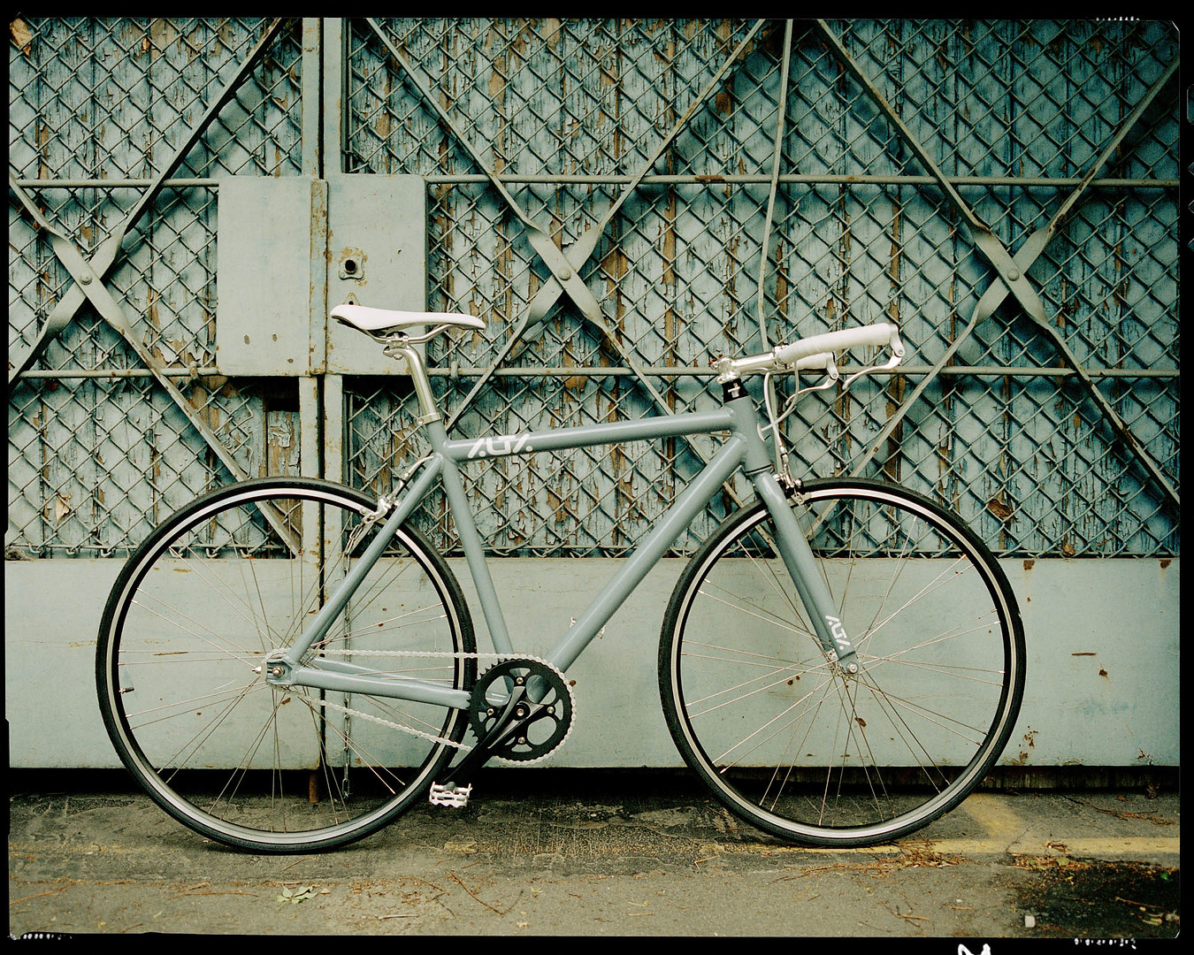 B2B  Photographer Illustration Play Conseptual Photo  Environmental Magazine Alta Bike Urban Biking Shopping Product