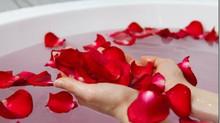 Agua de Rosas (agua bendita)