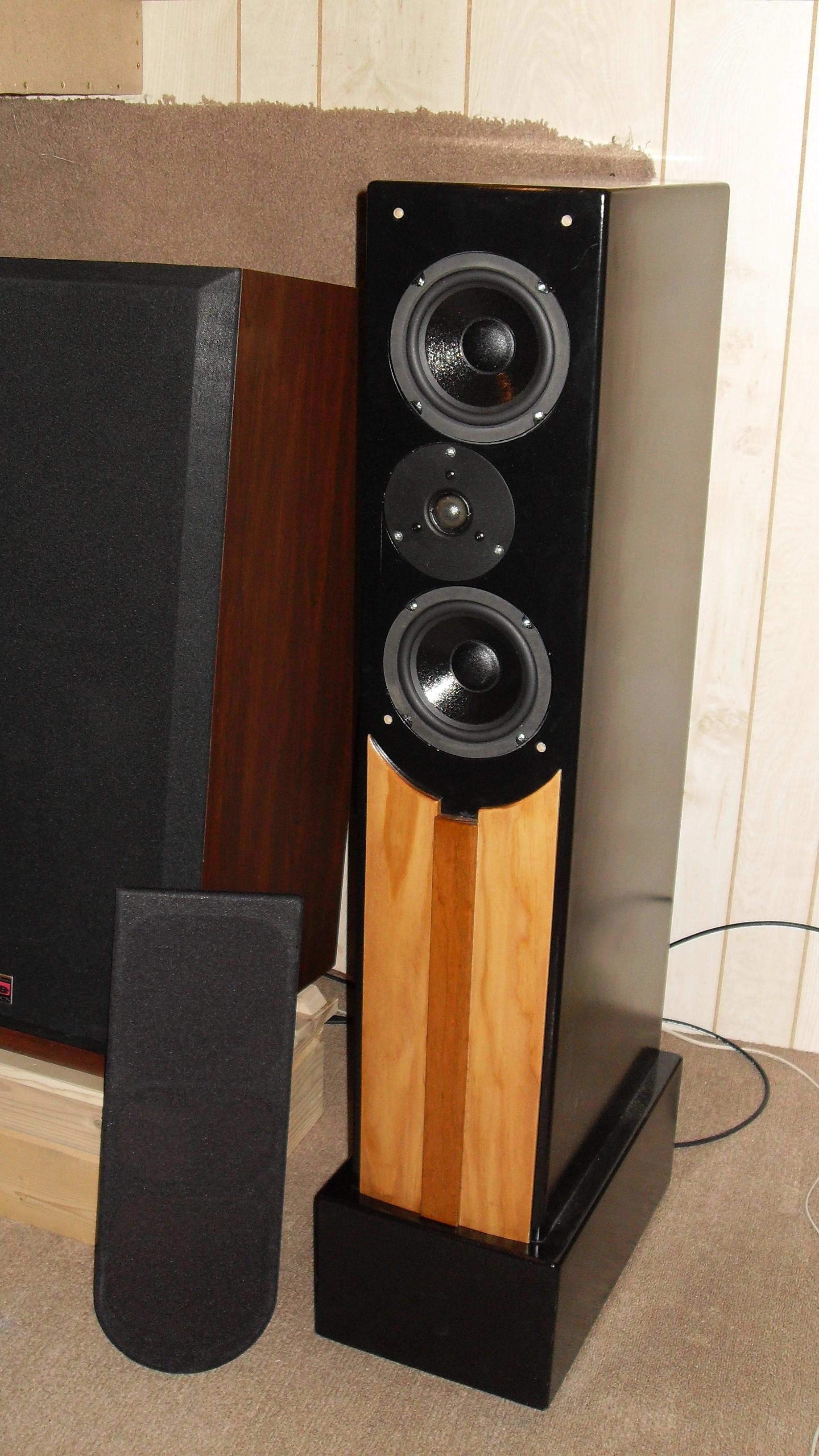 TriTrix speakers