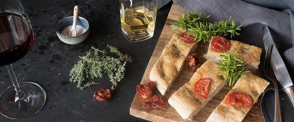 Erlesene Tropfen und hochwertiges Olivenöl