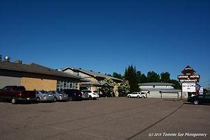 bear-s-den-lounge-motel.jpg