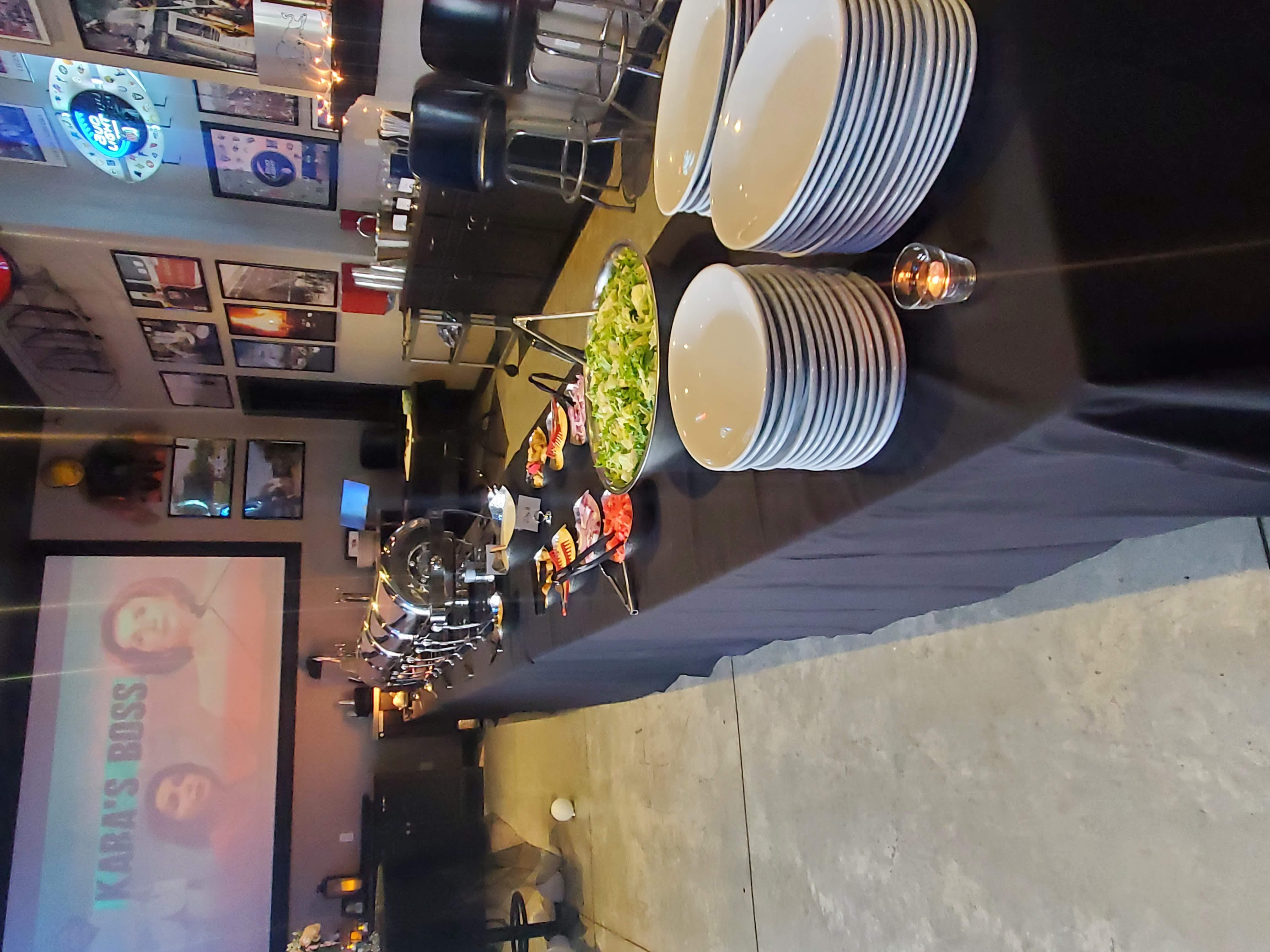 Salad & Dinner Buffet