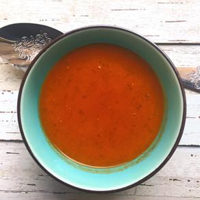 Sopa de Tomate y Cilantro
