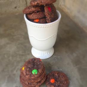 Galletas De  Brownie y M&M (con mezcla lista)