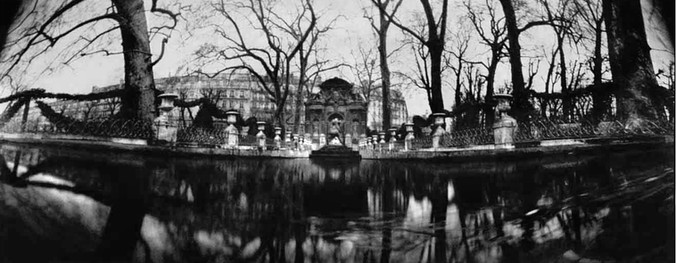 Fontaine de Medicis.jpg