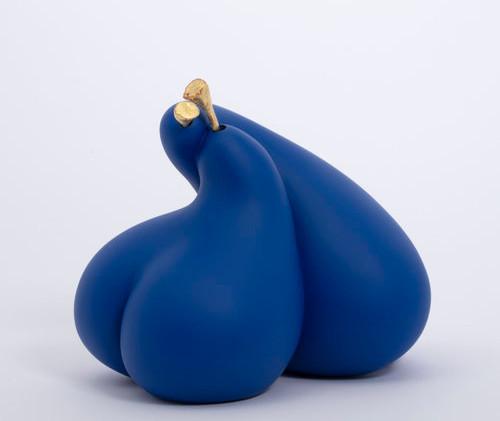 blue matte first kiss.jpg