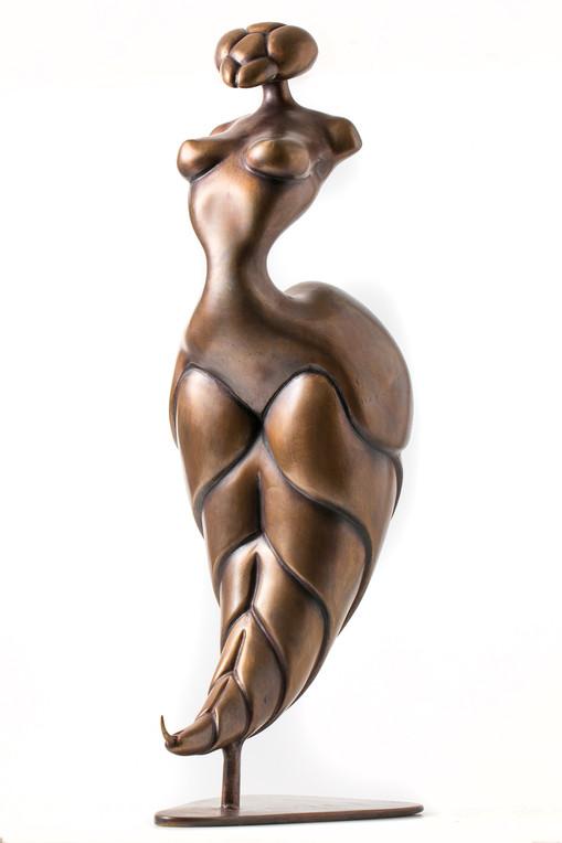 """Wasp lady"" bronze 45h"
