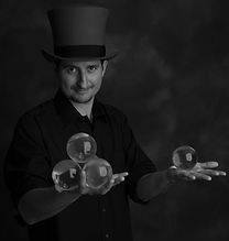4 Ball Stack W-Tophat_DSF1358.jpg