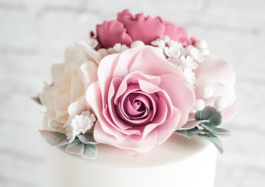 Sugar-Flower-Wedding-Cake.jpg