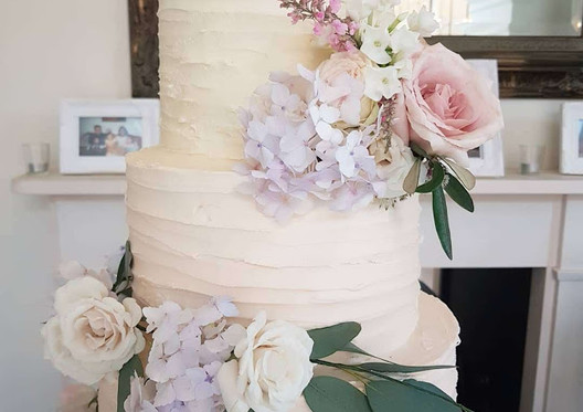 Rustic-Buttercream-Wedding-Cake,jpg