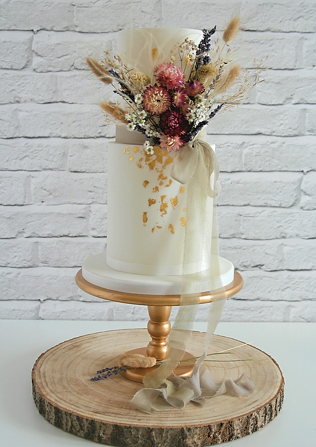 Dried-Flower-Wedding-Cake