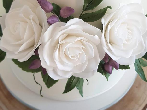 Mint-Ivory-Wedding-Cake,jpg