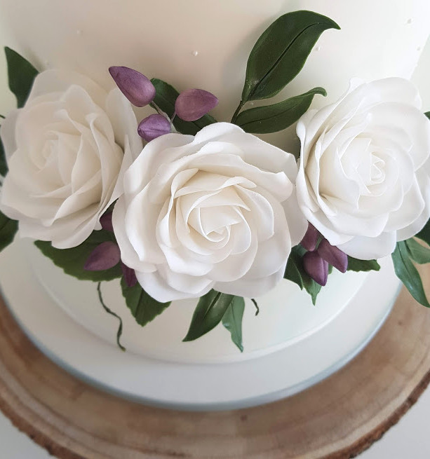 Mint-Ivory-Wedding-Cake,jpg