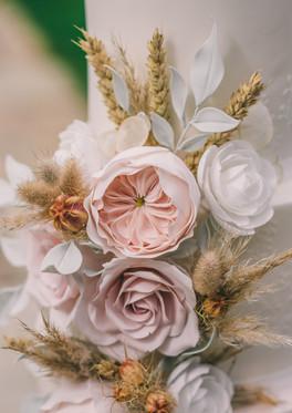 Blush-Sugar-Flower-Wedding-Cake