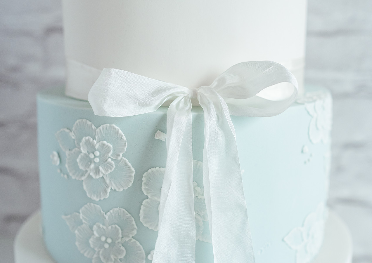 Brush-Embroidery-Wedding-Cake.jpg