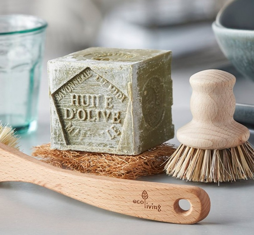 All Purpose Cleaning Soap - ditch plastic in your kitchen