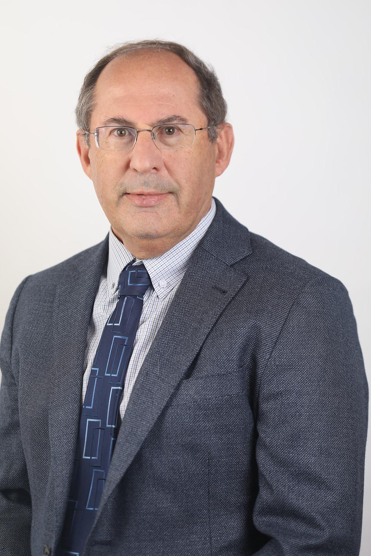 """עו""""ד יונתן דייויס, יו""""ר ועדת ההשקעות - קרן ג'סטיס"""