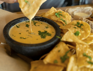 queso%202_edited.png