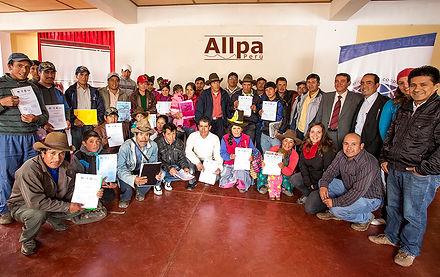 Equipo de Allpa y SUCO, productores, beneficarios de los programos de desarrollo rural