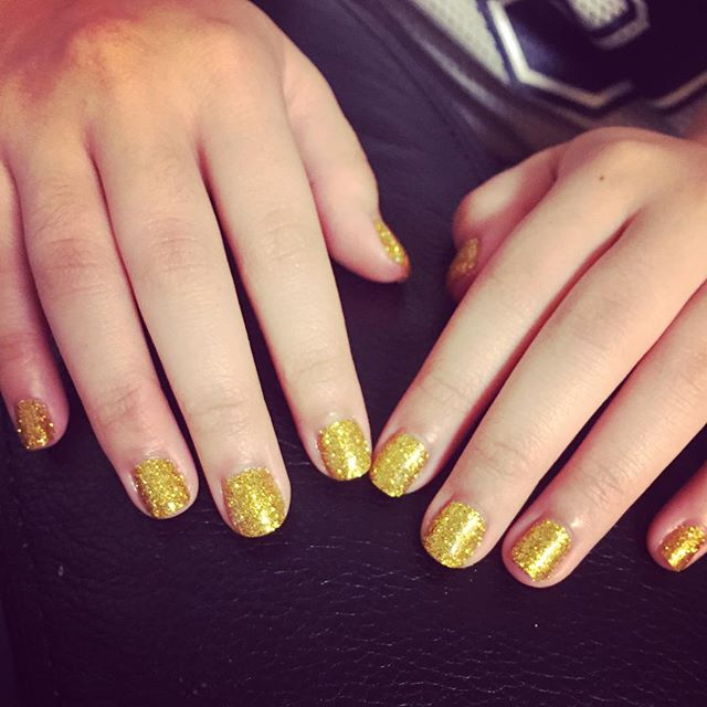 Homecoming Nails! #goldglitter #shellac #nails #manicure