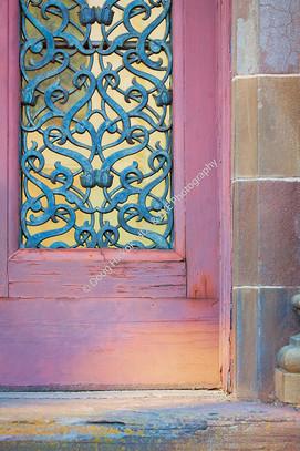 2001 Saracen Door 1