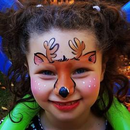 Seasons greetings!__#happyholidays #merr