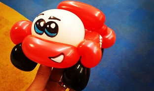 Lightening McQueen balloon car! .__edite