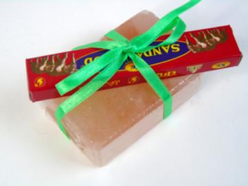 Sapone di Sale Rosa Himalayano: come usare e conservare al meglio questo prodotto naturale