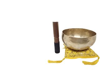 campana tibetana su bianco-min.png