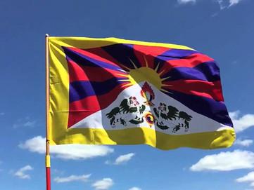 10 Marzo: 62 anni dall'occupazione cinese, ma la bandiera tibetana sventola ancora