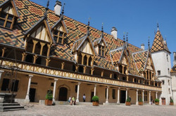 Hospices-de-Beaune-1-572x380.jpg