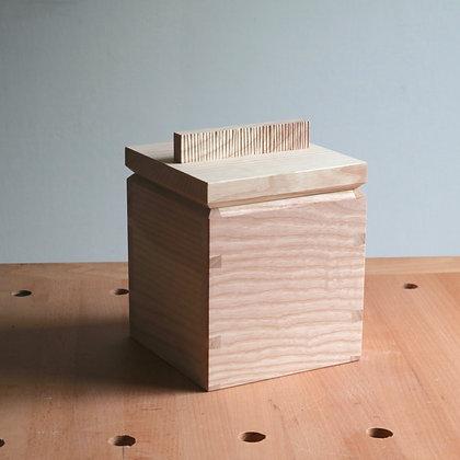 Trinket box (1 of 6)