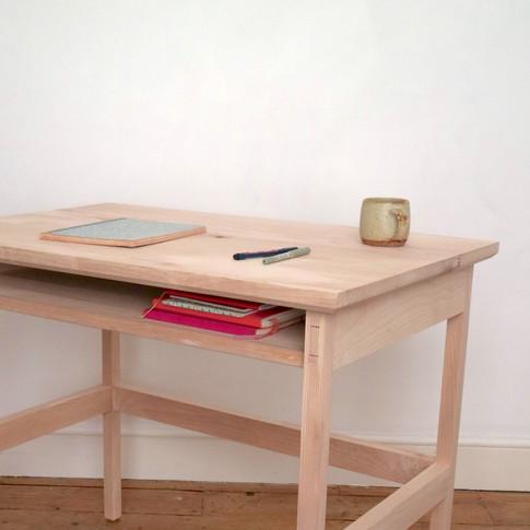 _Desk_5.JPG