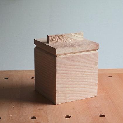 Trinket box (2 of 6)