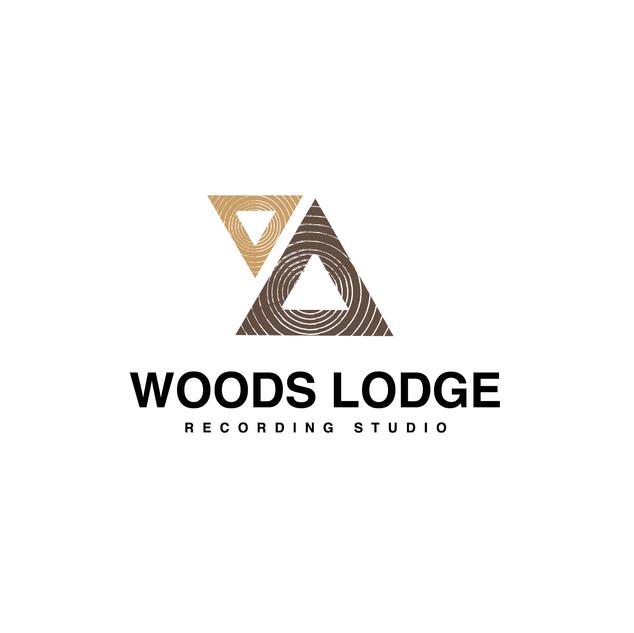 WOODS LODGE STUDIOS