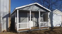 Cottage w/porch