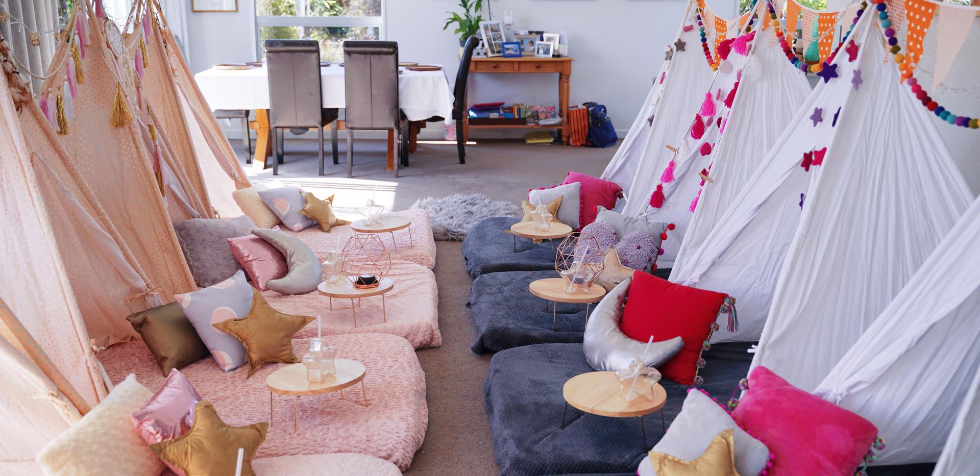 Dual Theme Sleepover - Pompon Party & Boho Night
